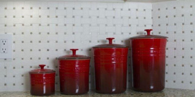 WITH-RED-CONTAINERS