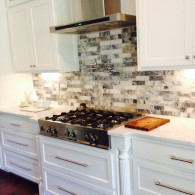 Venatto-Nero-Honed-2x6-Mosaic-Backsplash